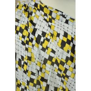 http://www.latky-kral.cz/2156-2667-thickbox/satovka-zlutocerne-geometricke-vzory.jpg