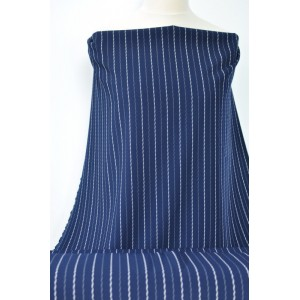 https://www.latky-kral.cz/4055-7711-thickbox/kostymova-latka-modra-s-bilymi-prouzky.jpg